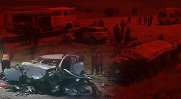 Sivasın Gölova ilçesinde korkunç kaza 9 kişi hayatını kaybetti.. Sivas Valisinden açıklama..