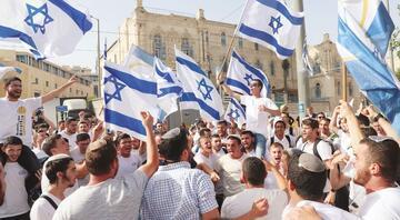 İsrail'den Kudüs'te yürüyüş inadı