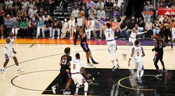 Phoenix Suns, Denver Nuggets serisinde durumu 2-0 yaptı