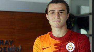 Son dakika transfer haberi: Galatasaray Sarper Çağlara imza attırdı
