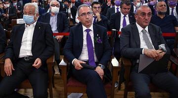 Galatasarayda başkan adayı Metin Öztürk ile Abdurrahim Albayrak, oylama sayımında salondan ayrıldı