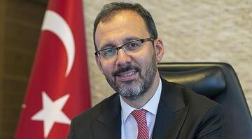 Bakan Kasapoğlu, Fenerbahçede yeniden başkanlığına seçilen Ali Koçu tebrik etti