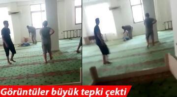 Müezzinin camide 9 yaşındaki çocuğu dövdüğü görüntülere çifte soruşturma