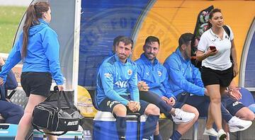 Fenerbahçenin Csikszereda ile karşılaştığı maçta dikkat çeken görüntü
