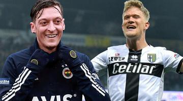 Fenerbahçe aradığı forveti buldu Transferde Pereira ve Mesut Özil detayı...