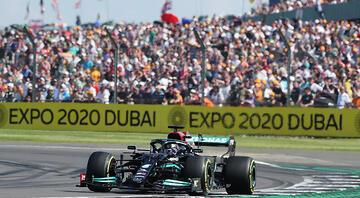 Büyük Britanya Grand Prixsinde zafer Lewis Hamiltonın