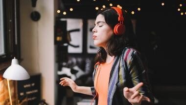 Müzikte yeni ve cesur sesler sandığımızdan yakın: 5 yerli ismi keşfet