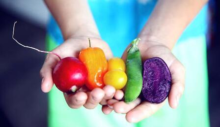 Evdeyken beyin sağlığınızı koruyun! İşte hafızayı güçlendiren besinler...