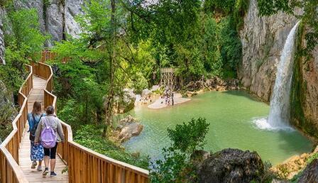 Türkiye'de yeşilliklerin içinde her şeyi unutacağınız izole tatil adresleri