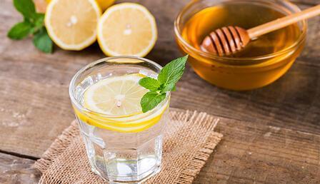 Ballı ılık su içmenin vücuda etkileri neler?