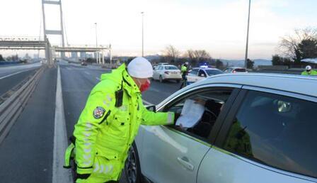 Polis araçları tek tek durdurdu! 15 Temmuz Şehitler Köprüsü'nde kısıtlama denetimi