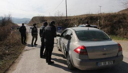 Tokat'ta 3 yerleşim yeri karantinaya alındı! Virüsü cenazeye katılanların yaydığı belirlendi