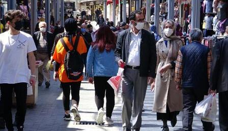 Bursa'da vaka sayılarında artış 2 kata yaklaştı! Cadde ve sokaklar dolu...