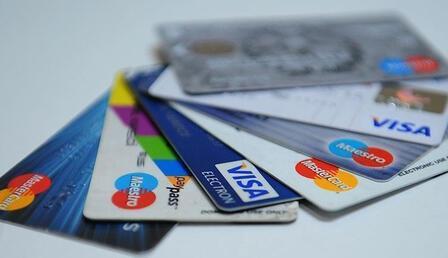 Kredi kartı kullanımı Mart'ta arttı