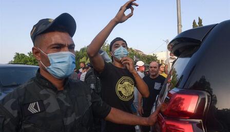 Son dakika haberi! Tunus'ta darbe girişimi! Cumhurbaşkanı Said ordu desteğiyle Başbakan Meşişi'yi görevden aldı