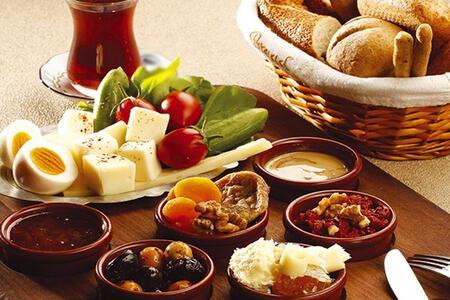 Ankara'nın en şahane kahvaltı sofralarında yeriniz hazır