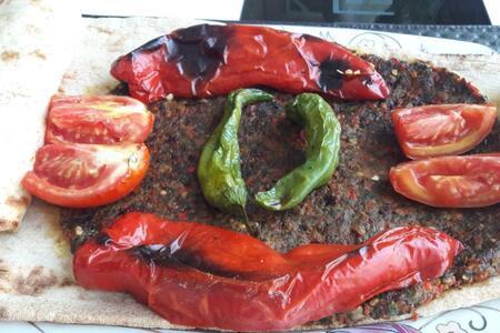 Mangalsız, dumansız ve oldukça lezzetli bir kebap: Kağıt kebabı