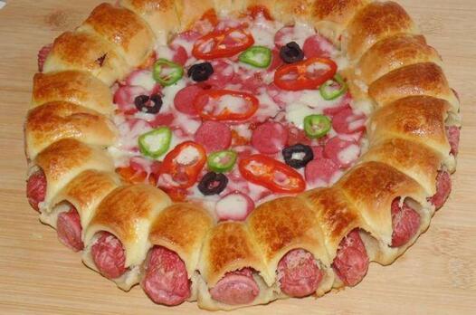Sosis kenarlı pizza tarifi