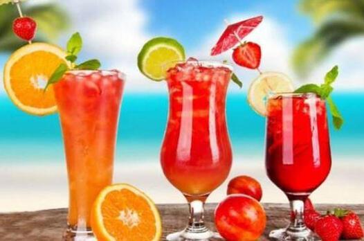 Alkollü meyve kokteyli tarifi