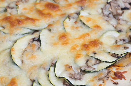 Kabaklı mini pizza tarifi