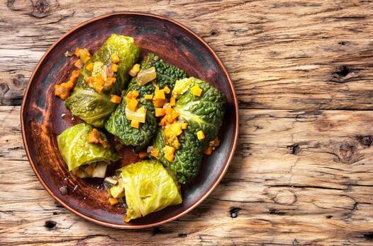 Karatay usulü lahanalı börek tarifi