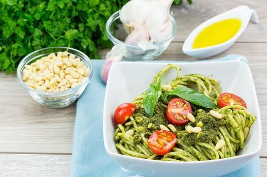 Yeşil soslu makarna tarifi