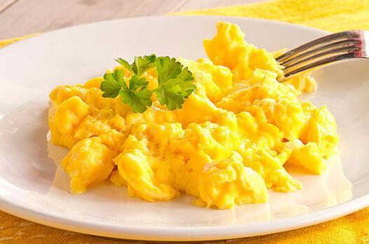 Sütlü yumurta tarifi