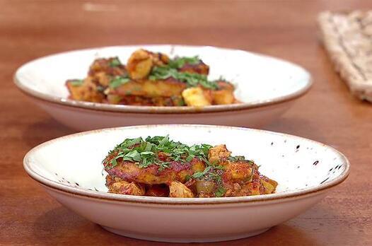 Musakka nasıl yapılır? Tavuklu patates musakka tarifi