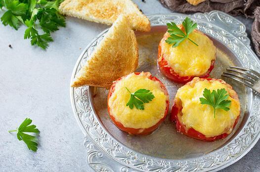 Makarnalı domates dolması tarifi