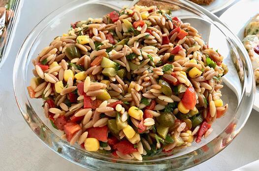 Tavuklu arpa şehriye salatası tarifi