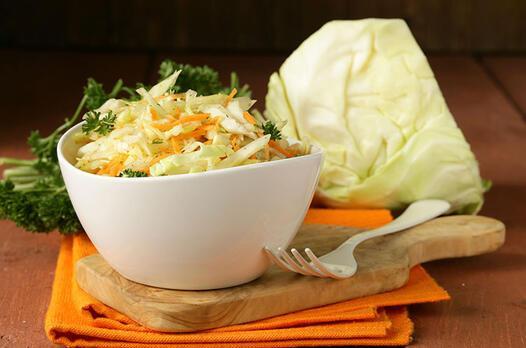 Yoğurtsuz beyaz lahana salatası tarifi