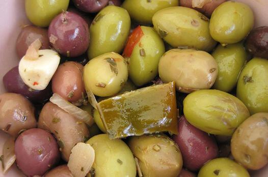 Yeşil zeytin piyazı tarifi