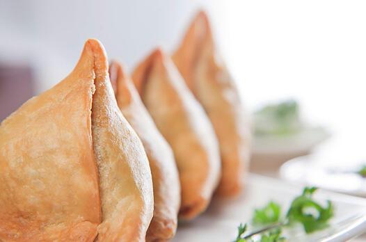 Sebzeli samosa (Hint böreği) tarifi