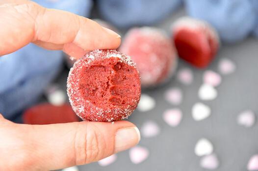 Red velvet mascarpone topları tarifi