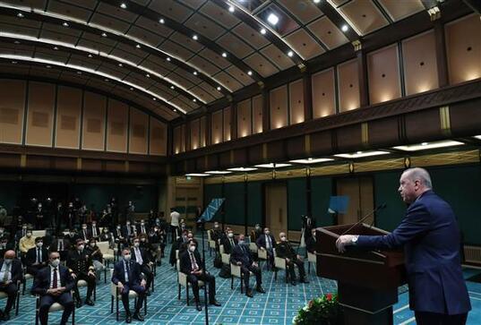 Son dakika... Cumhurbaşkanı Erdoğandan flaş mesajlar Bildiri tepkisi... Sarıklı Amiral açıklaması
