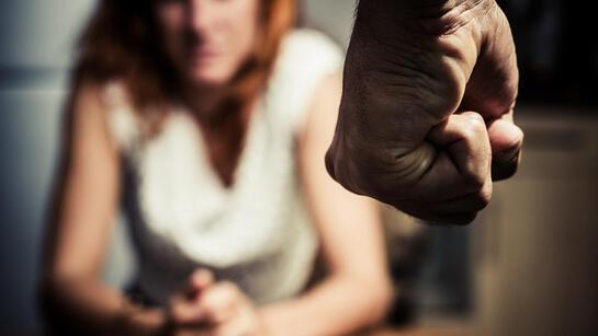 Şiddete karşı yol haritası: Ne yapmalı, nereye başvurmalı?