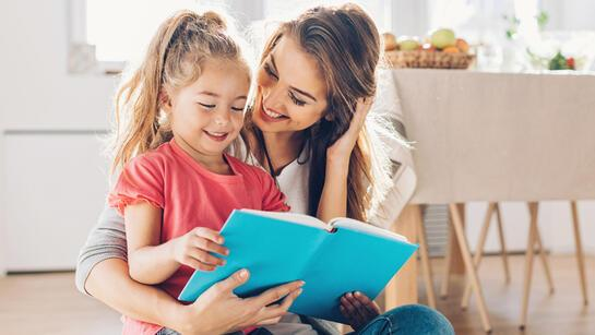 Çocuğun gelişim dönemine uygun kitap seçimi nasıl yapılır?