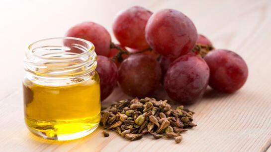 Üzüm çekirdeği yağı nasıl kullanılır, nelere iyi gelir? Üzüm çekirdeği yağının faydaları