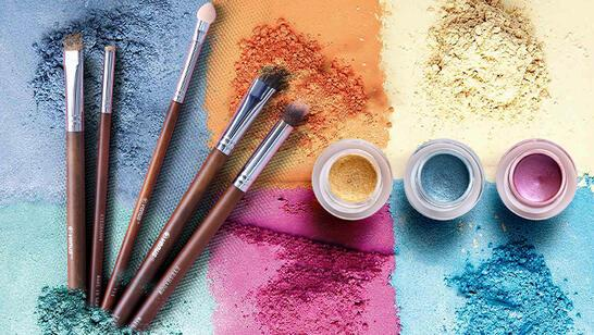 Kozmetik Ürünlerin Ömrünü Uzatmanın 5 Yolu
