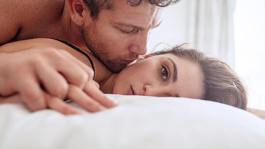 Seks Sırasında Ağrıya Neden Olabilecek 7 Şey