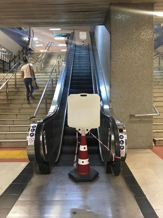 Yürümeyen merdivenlere ihale formülü