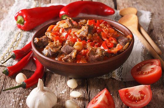 Çankırı yöresinin en meşhur lezzetlerinden sarımsaklı et