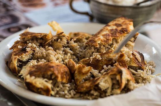 Görünümü de lezzeti de ayrı güzel: Tavuklu revan pilavı