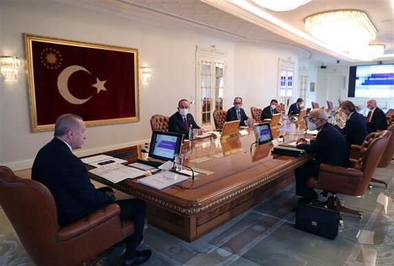 Son dakika... Cumhurbaşkanı Erdoğandan dünyaya aşı mesajı: Tüm insanlığın hizmetine sunacağız