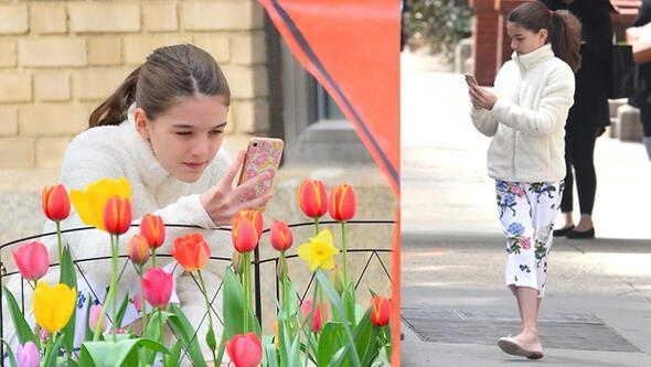 Büyüdü, fotoğrafçılığa merak sardı