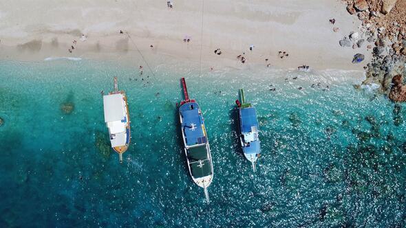 Türkiyenin Maldivleri... Günde binlerce kişi soluğu oraya alıyor
