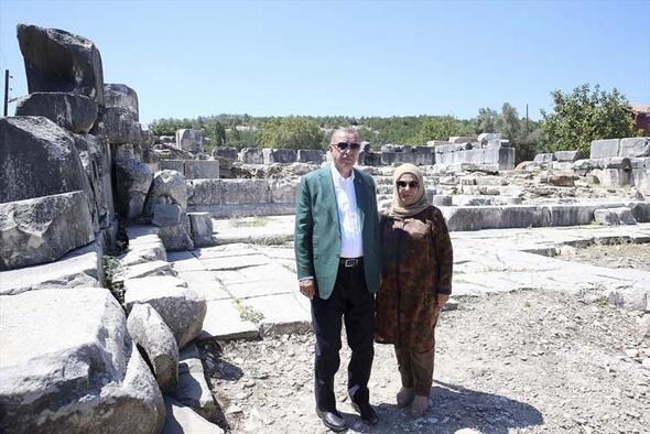 Cumhurbaşkanı Erdoğan Muğlada tarihi yerleri ziyaret etti
