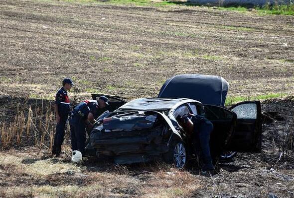 Mersin Büyükşehir Belediye Başkanının konvoyunda kaza