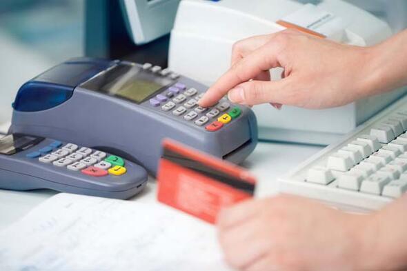 Cüzdanınızdaki kredi kartına dikkat Kara listeye düşmeyin...