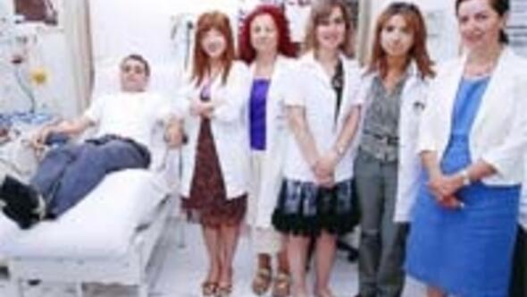 Ankara'dan Avustralya'ya canlı kök hücre nakledildi